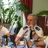 zdjęcie przedstawia komendanta policji